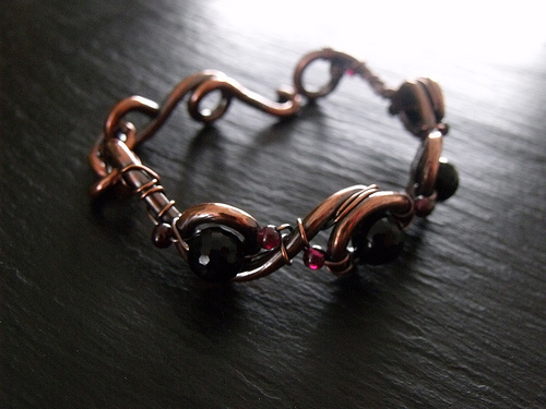 Copper Vine Bracelet - Onyx and Garnet