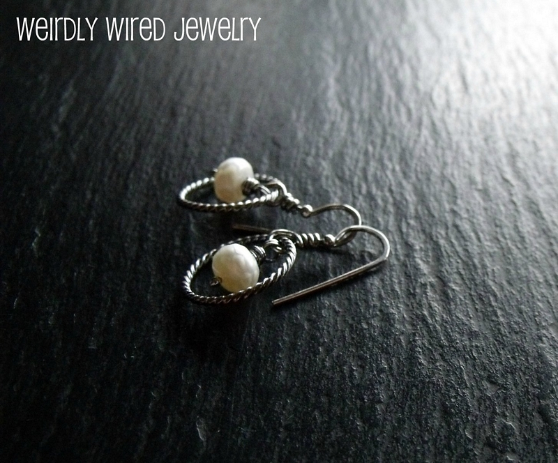 Faceted Pearl and Twisted Square Wire Circle
