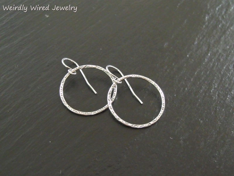 Sterling Hoops Spiral Texture