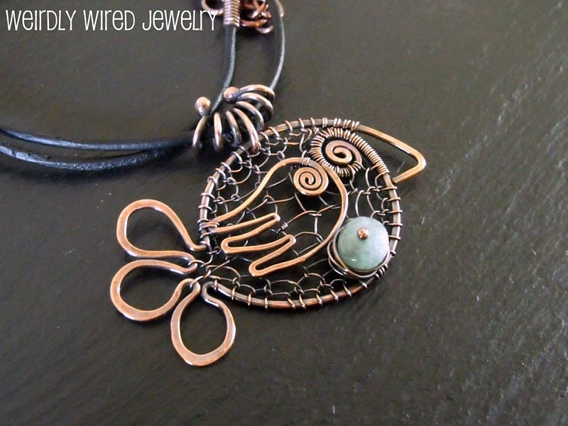 Wire Chicken with Aquamarine