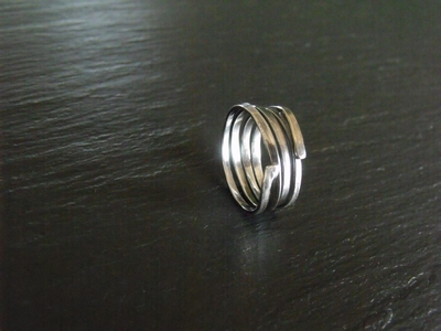 Single Wire Ring
